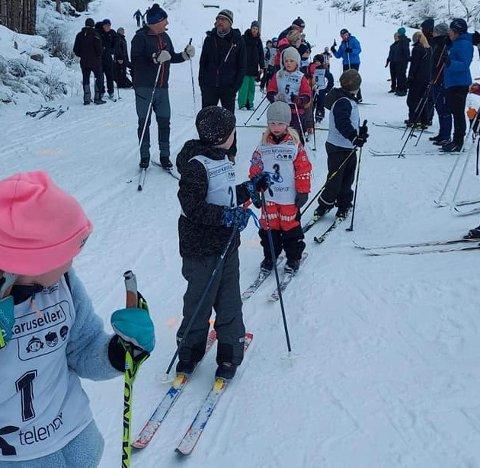 Søndag arrangerer IL Ternen Kvinnheradmeisterskap på ski i Tveitedalen. Her frå skileik og skirenn 31. januar. (Foto: IL Ternen).