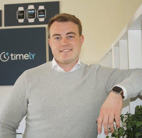 PÅ VEI MOT DRØMMEN: Mathias Mikkelsen eier Timely AS. Nå tredobler han staben, og er et skritt nærmere om å bli verdens største teknologiselskap. FOTO: KARIN HANSTENSEN