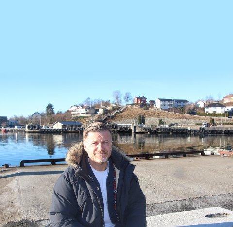 Det siste Snorre Walde ønsker, er at Tau kai blir overtatt av et byggefirma som deretter fyller kaien opp med eneboliger slik at området privatiseres.