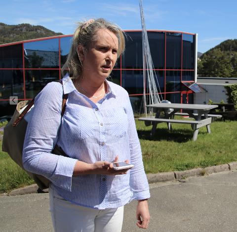 KLAR BESKJED: Gitte Myrvang Johannessen (H) har formulert en klar oppfordring til fylkespolitikerne om å oppgraderer bygget for elever  med særlige behov på Flekkefjord videregående skole.