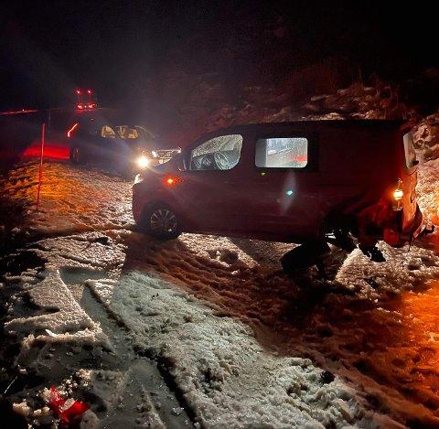 Det er svært glatt på veiene i Finnmark.