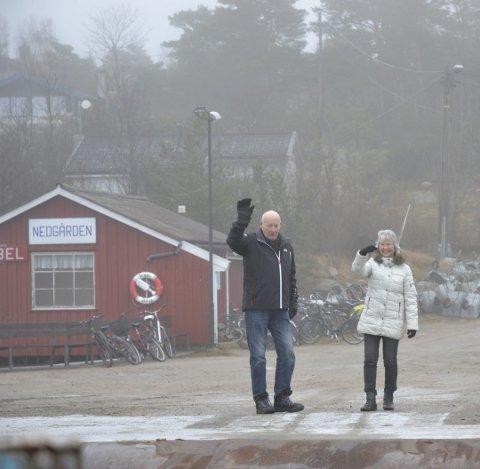FARVEL TIL FASTLANDET: Turid og Einar Granholt lever livet på Søndre Sandøy.