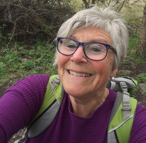 GLAD I NATUREN: Sissel Leet Skeide nyter å få med seg naturens undre, og trives særlig godt i Vestskauen.