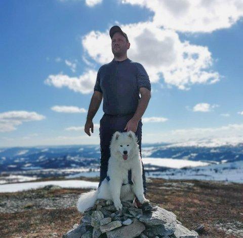 Hunden Ilja og Marius sine to andre hunder bidro da tyver var på ferde i Tananger.