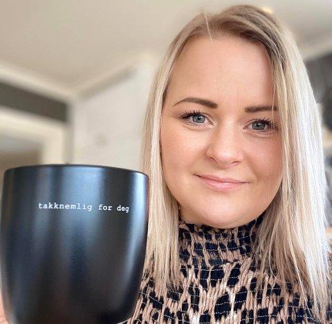 Stina Knuten Dalen er takknemlig for alle som støtter opp om butikken og om hverandre i korona-tidene.