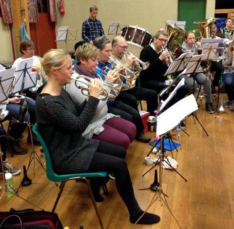 Torsdagskvelden skal Valdres Brass Band spille gjennom programmet for Oslo Brass Festival. Kom og lytt!