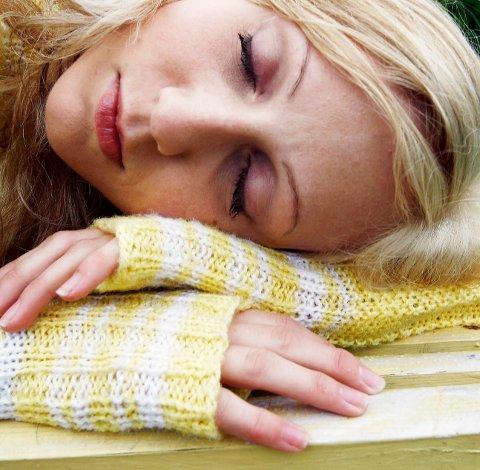 Flere kvinner enn menn fikk utskrevet sovemedisin i Norge i fjor.