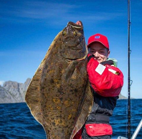 Den ivrige fiskeren Oscar Gurney ønsker å oppleve lofotfisket som sesongarbeidet på fiskebruk.