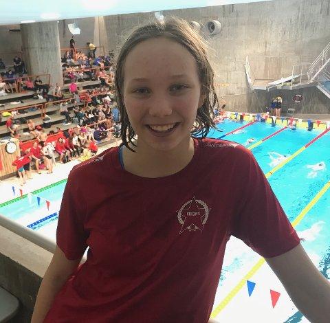 BEST: Laura Twijnstra gjorde det veldig bra på Julesprinten i helgen. Hun tok blant annet gull på 50 meter fri. (Foto: privat)