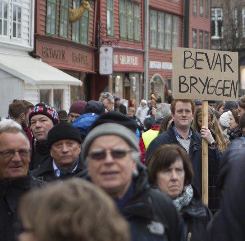 – Bryggen er valgets viktigste sak og din stemme kan avgjøre, skriver innleggsforfatteren. Foto: Emil Weatherhead Breistein