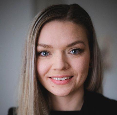 Designar Elisabet Attramadal frå Hatlestrand står bak den offisielle Vestlandsvotten.
