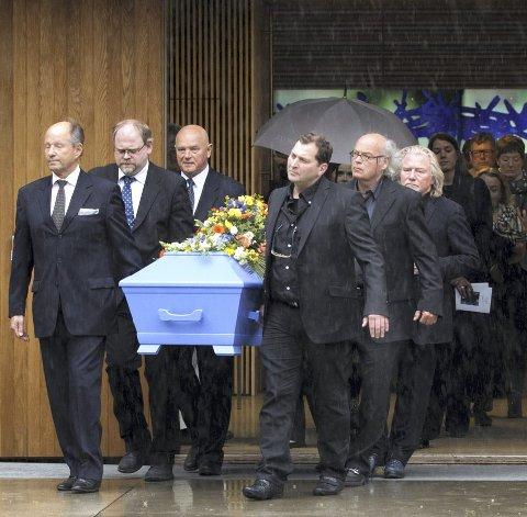 BISATT: Carl Nesjar ble tirsdag denne uken bisatt i Bøler kirke. Foto: Berit Roald/ NTB Scanpix