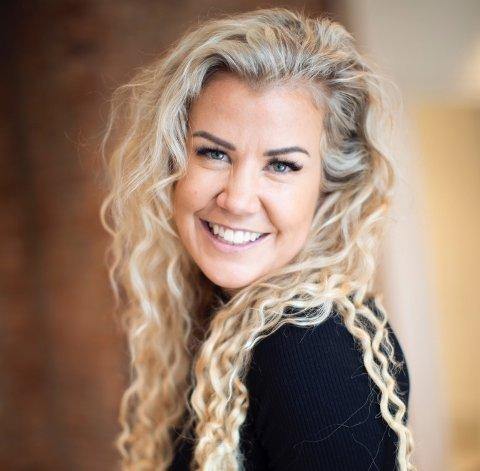 MER SAMMEN: Maria Ebbestad, presseansvarlig for Nytelse.no, synes det er positivt at vi bruker mer tid på hverandre nå.