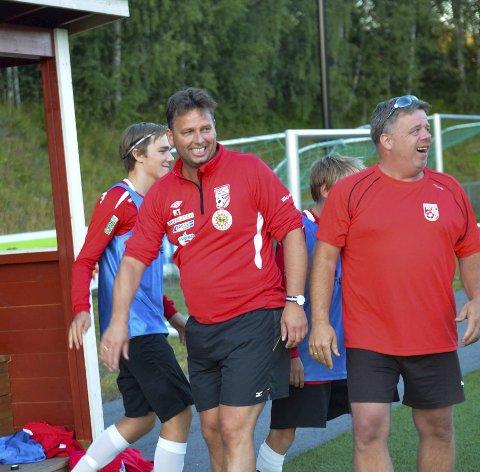 Tøft: Lunner-trener Roger Tvenge må smile over mange seirer hvis hans lag skal komme høyt nok i 4. divisjon til å kvalifisere seg til nye 4. divisjon i 2017.