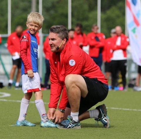 Til å ta over stafettpinnen fra Holte har Moi IL Fotball hentet inn Ole Christian Bjerke fra Flekkefjord.