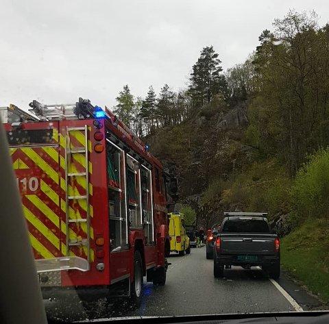 ULYKKE: Nødetatene rykket ut til ulykken.