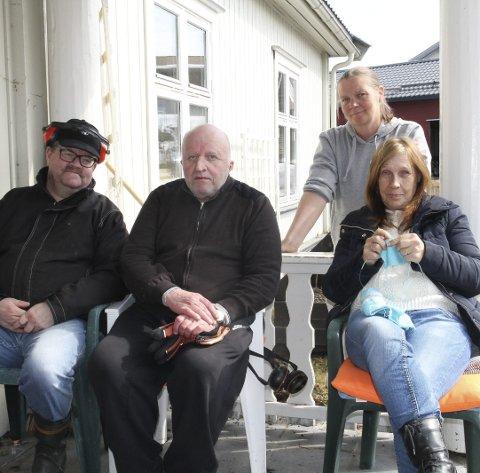 KLARE FOR SALGSDAG: Fra venstre Roy Nordli, Odd Lilleberg, Vebjørg Berg og Anne Johnsen.