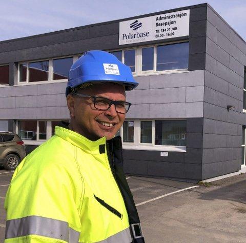 LOKAL LEDER: Ketil Holmgren er sjef for 55 ansatte i Polarbase AS. Han er også medeier og daglig leder for Polar Lift.  Foto: Trond Ivar Lunga