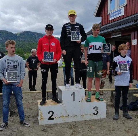 PÅ PALLEN: Benjamin Bernhus vant i Skien, mens rømsjingen Joakim Kind Andresen tok andreplassen.