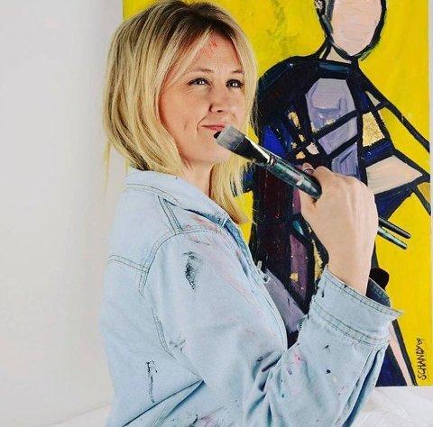 ÅPNER UTSTILLING: Susanne Schandy.