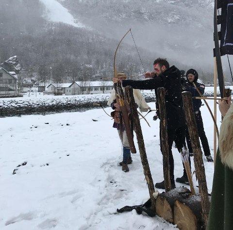 Vikingaktiviteter under lanseringen av «God of War».