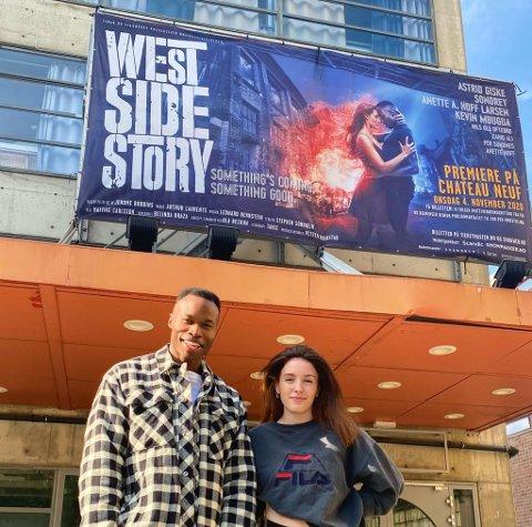 Sondre Mulongo Nystrøm (27) og Sophie Speight (24) er i gang med oppkjøring til nypremiere på West Side Story på Chateau Neuf i Oslo.