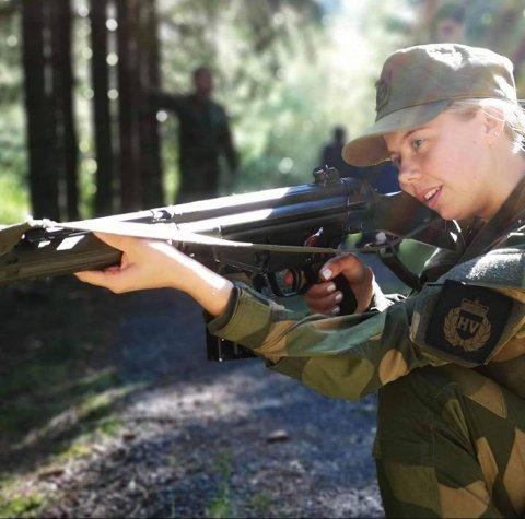 Hedda Christine Rønningen gikk til topps i skytekonkurranse Landsdelskretsstevnet på Imenes.