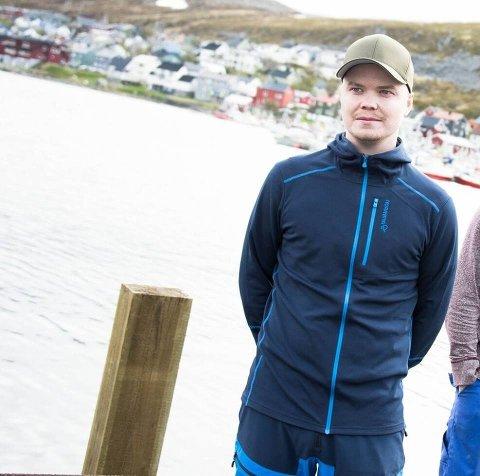 Kristoffer Pedersen fra Kjøllefjord har sett seg lei på usaklige og stygge kommentarer i debatter på Facebook.