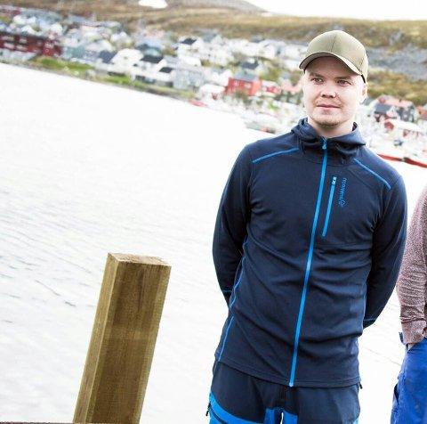 Kristoffer Pedersen i Kjøllefjord håper at folk er beviste på at man må bruke de lokale tilbudene.