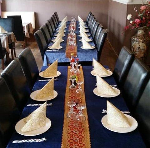 Dekket på: Her skulle 25 spisegjester møtt opp torsdag ettermiddag. Restauranten fortviler nå over det de frykter er ren sabotasje