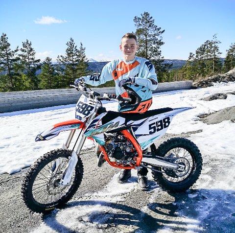 EM: Andreas Flåta Meyer har gjennomført ny EM-runde i Belgia i helgen. 14-åringen kjørte på sand denne gangen, noe han ikke er vant med.