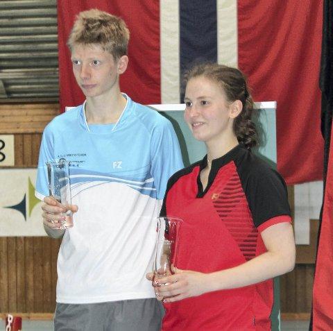 Markus Barth og Vera B. Ellingsen fra Bergen Badmintonklubb sender til junior-EM, til tross for at de vil møte to år eldre utøvere. Det er forbundets strategi for stortalentene.