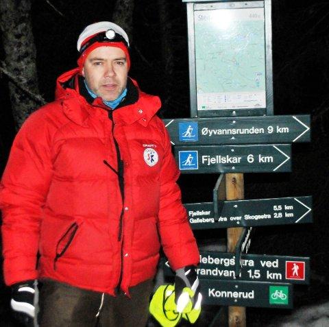 Ole Kristian Skjørdal er løypekjører for Holmestrand kommune som drifter skiløypene på Vestskauen. Nå håper han at han kan kjøre rekordtidlige skiløyper når snøen og minusgradene kommer på besøk.