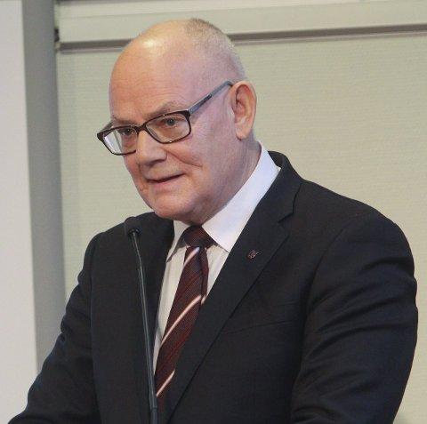 Går av: Rådmann Magne Pettersen i Vefsn kommune.