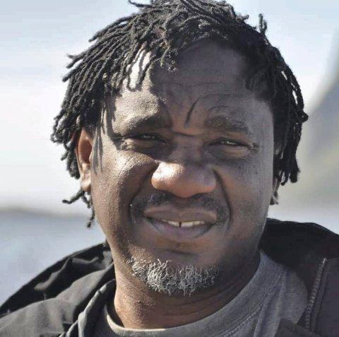 LEI SEG: Richard Chipunza føler seg urettferdig behandlet av Tinn kommune, og sa opp stillingen sin.