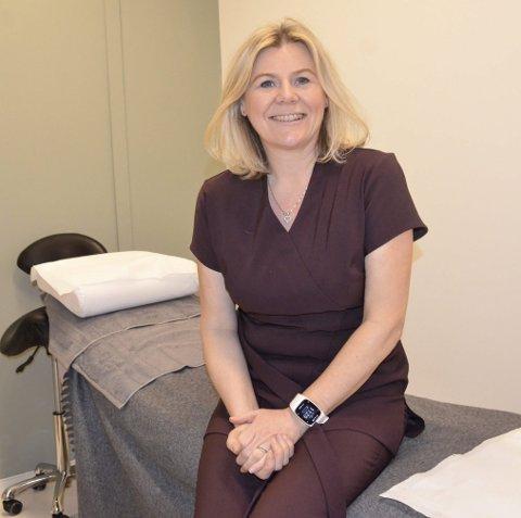 Ny jobb: Line Bjerke (48) trives i sin nye jobb hos Klinikk Daub.Foto: Linda Nilsen