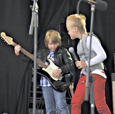 På Innlandet igjen: Torstein Snekvik og Odin Landbakk på samme scene for seks år siden. Fredag spiller de på Innlandet igjen.