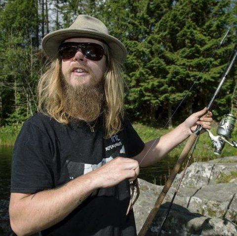 Han har tatt to fisk i år, men Adrian Valle er langt fra lei.