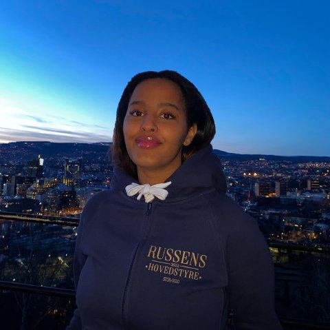KJIPT: Nigisti Dawit Kuflu sitter i russen i Oslos hovedstyre, hun syns det er utrolig leit at russefeirien nå blir stoppet.