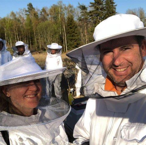 For tre år siden startet Solveig Kolberg og ektemannen Javier Trueda med birøkt. I mars åpnet de en filial av Honnincentralen, og må allerede utvide etter vel to måneders drift.