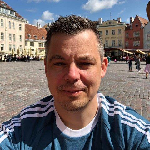 HENGER MED VIDERE: Konstituert direktør i Luostejok kraftlag, Lars Storelv.