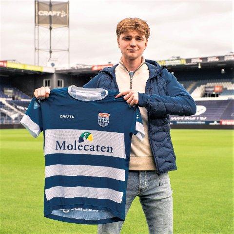 19 år gamle Håkon Gangstad fra Strindheim er klar for klubb i den nederlandske toppdivisjonen. Den tidligere RBK-backen har signert en toårs-avtale, der Zwolle har opsjon på et år til.