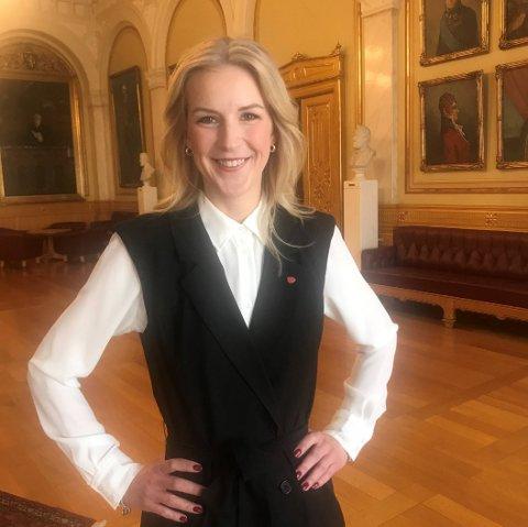 PÅ TINGET: Sarpingen Elise Waagen gleder seg til fire nye år på Stortinget.