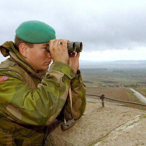 Vidar Vadseth frå Sogndal var ein av dei første som var med i dei fredsbevarande styrkane i Kosovo.