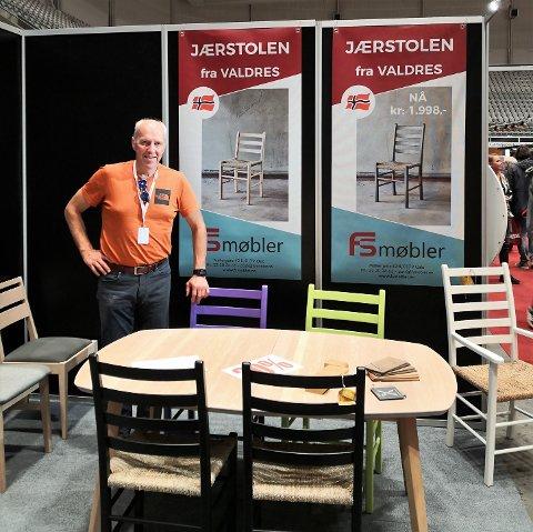 På boligmesse: Ernst Løksa og Valdres Arbeidssenter AS på Leira var eneste valdresaktør på årets boligmesse på Fornebu.