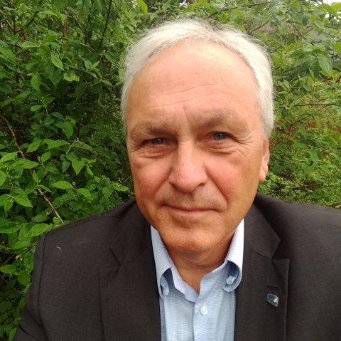 IKKE FORNØYD MED KOMMUNEN: Nils Herman Sopp i Ås Høyre mener kommunen har unnlatt å fortelle at barnehagekapasiteten skulle økes.