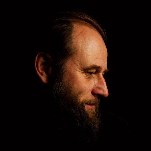 Visekunstneren Stein Torleif Bjella kommer til Risør Kammermusikkfest i juni.