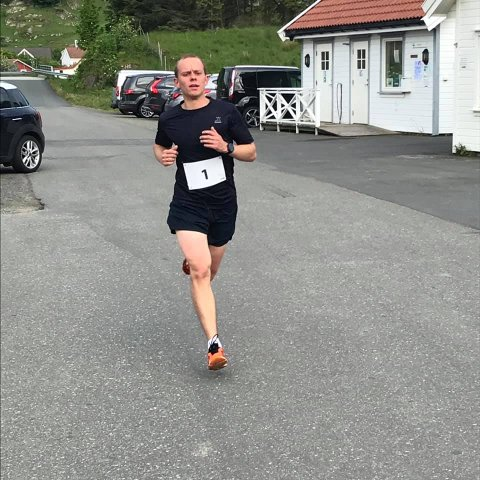 NY REKORD: Moi-løperen Bjørnar Stenberg satte ny løyperekord i terrengkarusellens løp på Feda. FOTO: RAGNHILD TJØRNHOM NEDLAND