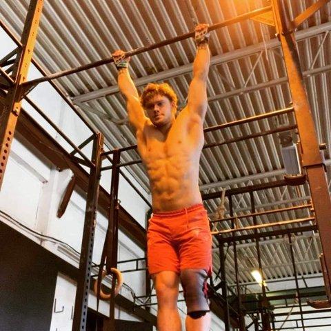 Jonas Svege fra Flekkefjord er blant favorittene når Norgesmesterskapet i Functional Fitness arrangeres i Sandnes i helgen.