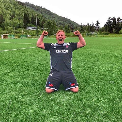 Matchvinner Lars Egil  Furebotten, som også er leder i IL Vinger.